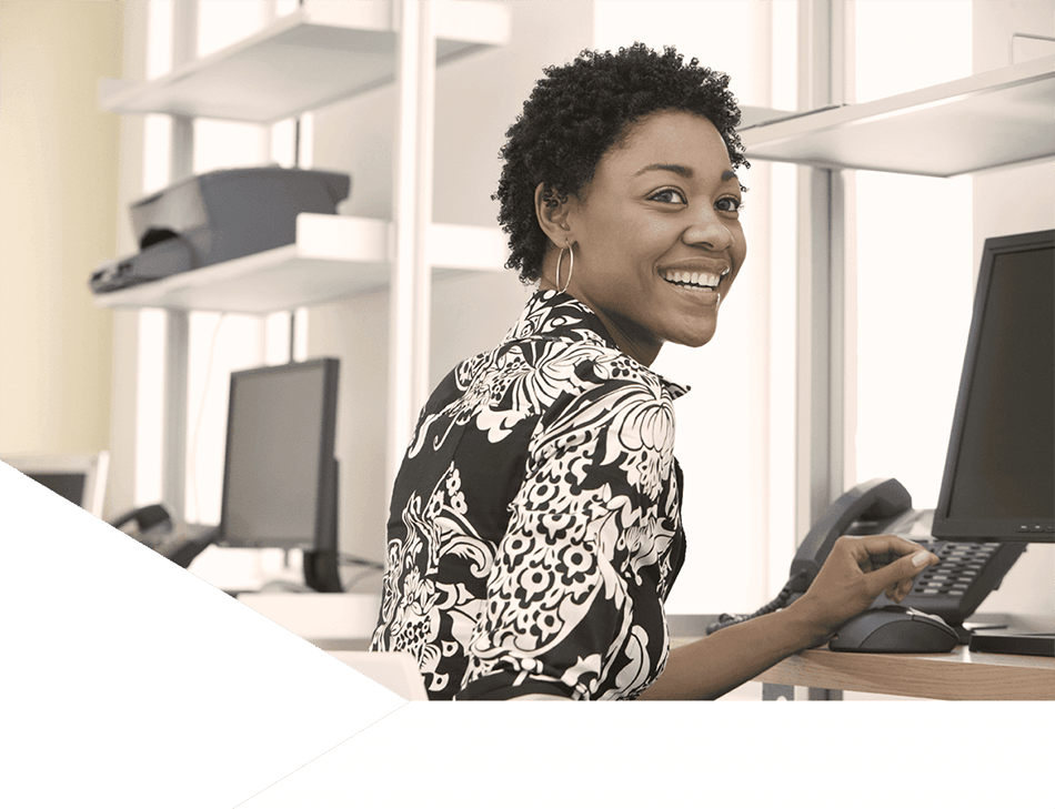 https://www.tarsusdistribution.co.za/wp-content/uploads/lady-working-on-computer-tarsus-distribution-new.png